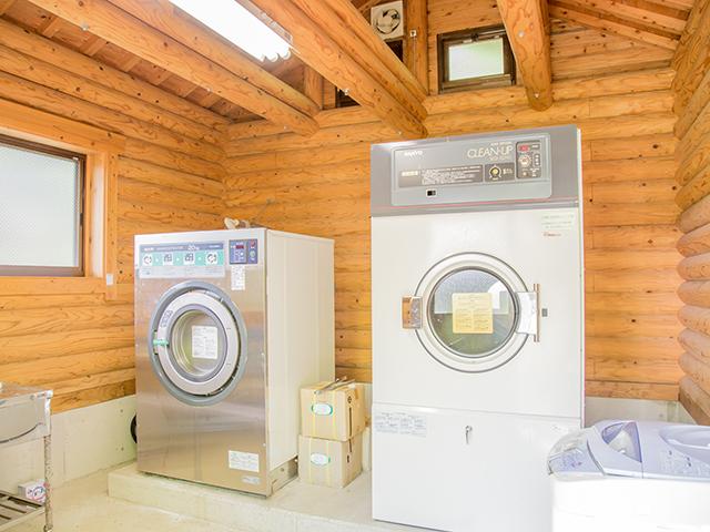 洗濯棟の内観
